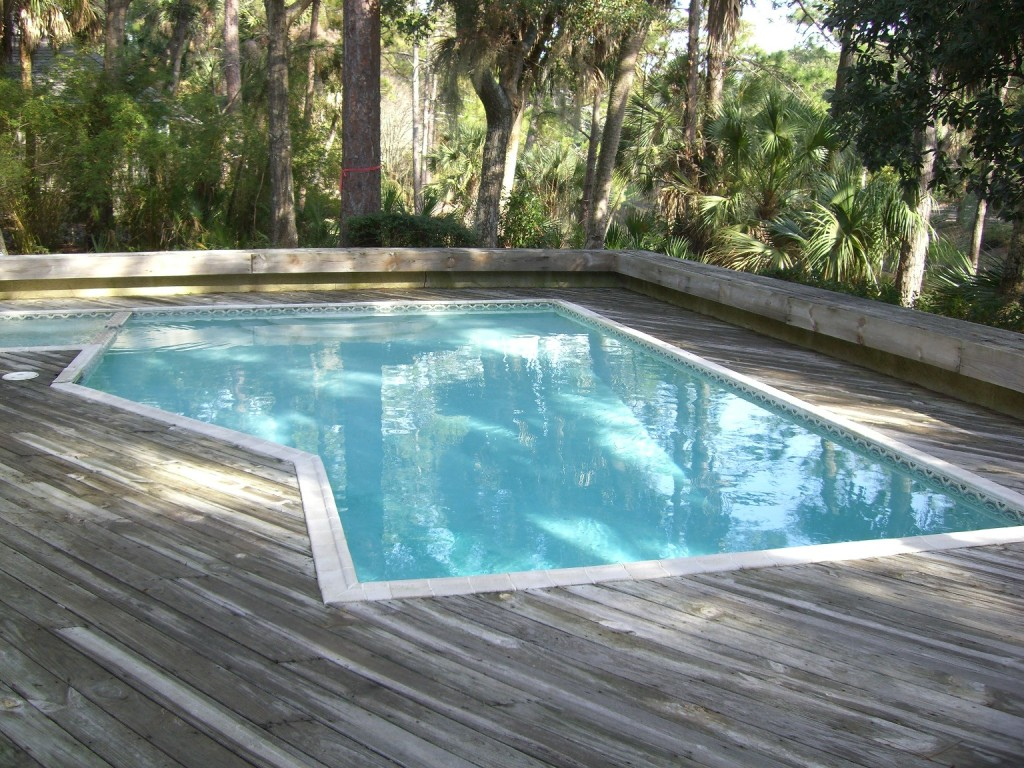 Sea Pines Pool Before Remodel